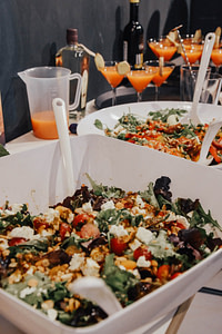 YOUNG CAPITAL - ManicOrganic - salad